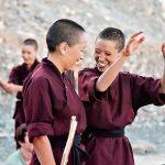 सदियों पुराने प्रतिबन्ध तोड़ आत्मरक्षा का प्रशिक्षण दे रहीं है बौद्ध नन
