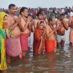 मकर संक्रांति का पर्व : प्रयाग के माघ मेले में स्नान, ध्यान और दान हुआ शुरु : खास वीडियो