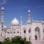 ऑस्ट्रिया में मस्जिदों को बंद करने के निर्णय से नाराज़ देवबंदी उलमा
