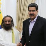 Sri Sri Received By Venezuelan Delegation Amidst Social and Political Logjam