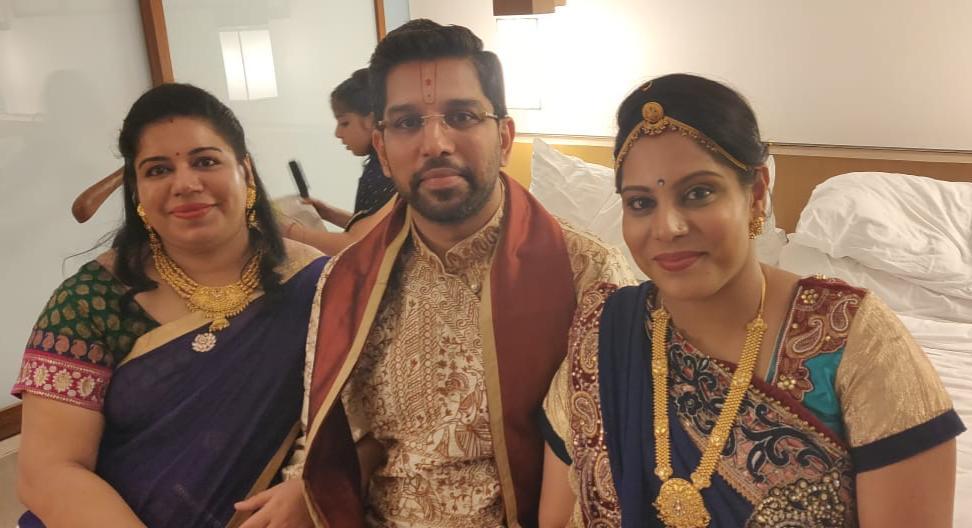 अनराग कृष्ण शास्त्री जी ने अपने भाई और बहन के साथ